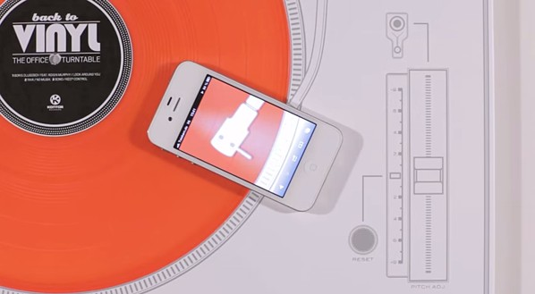 Interactive print ad by Kontor Records including vinyl record playable with a smartphone.