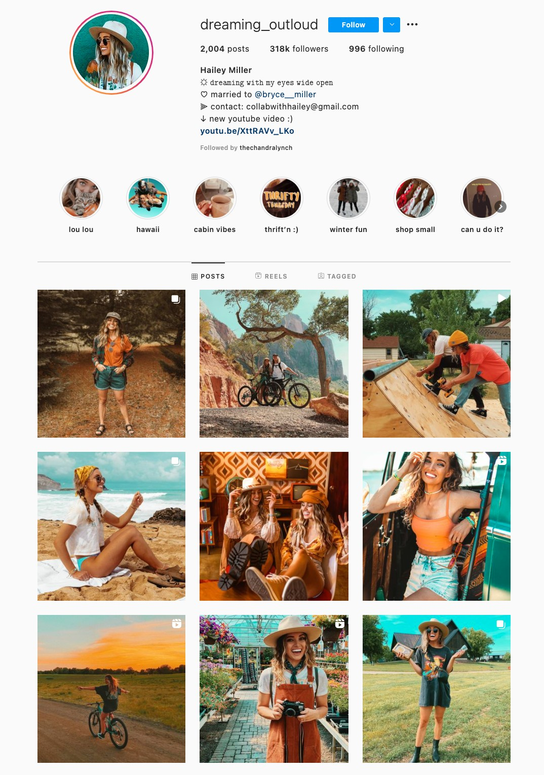 Two Color Instagram Theme Example
