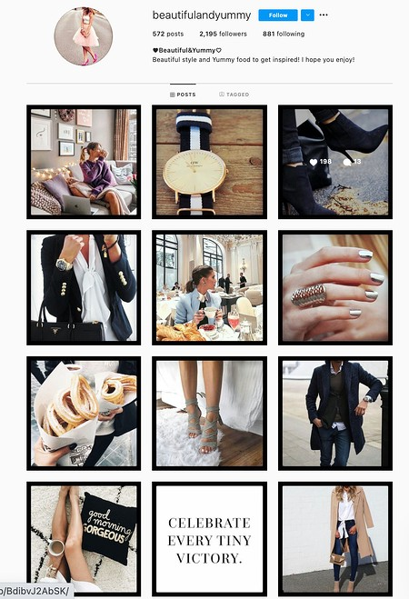 Black or White Borders Instagram Theme Example